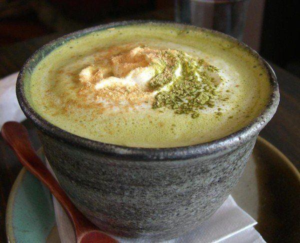 11-maneras-de-utilizar-el-te-verde-matcha-matcha-latte-con-helado