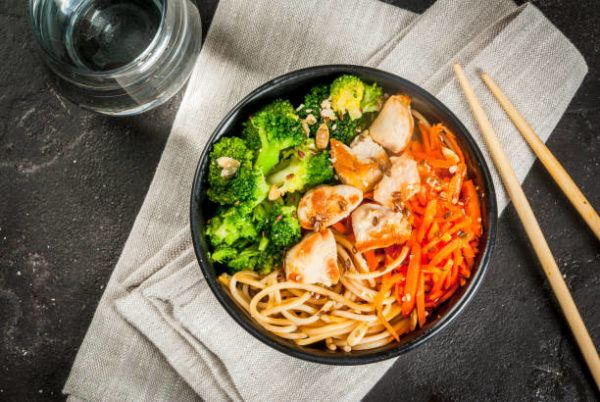 5 recetas fitness sin carne que te van a encantar buddha bol con pasta