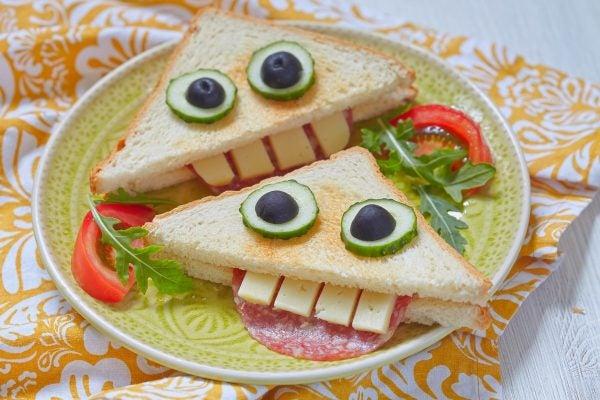 Bocadillos Fríos o Sandwiches para Fiestas para niños boca