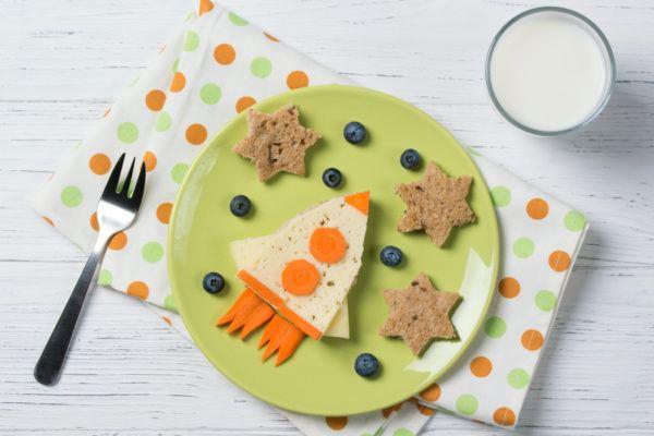 Bocadillos Fríos o Sandwiches para Fiestas para niños cohete