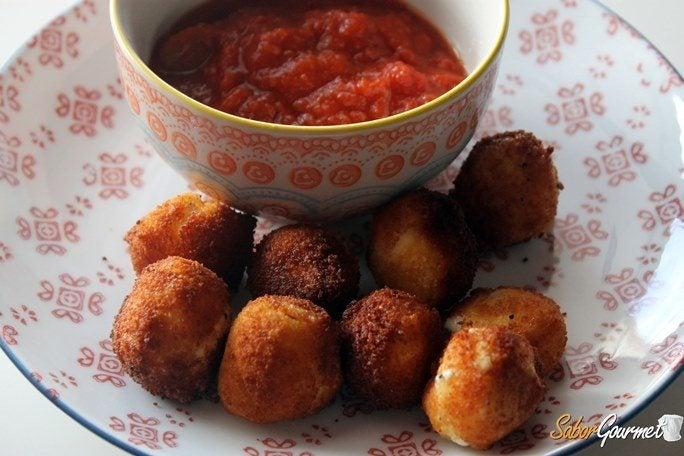 bolitas-mozzarella-fritas-receta