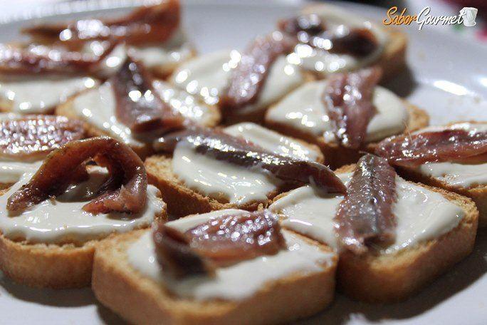 canape-anchoa-queso