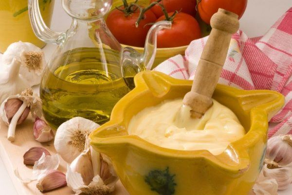 Como hacer alioli casero paso a paso salsa