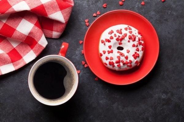 Como hacer donuts para san valentin con glaseado