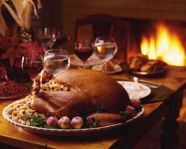 como-preparar-una-buena-cena-de-accion-de-gracias-thanksgiving-day-el-pavo-de-acción-de-gracias