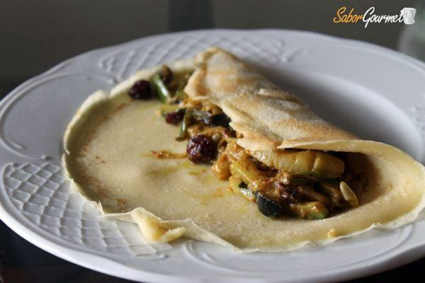 crepe-relleno-verduras-al-curry