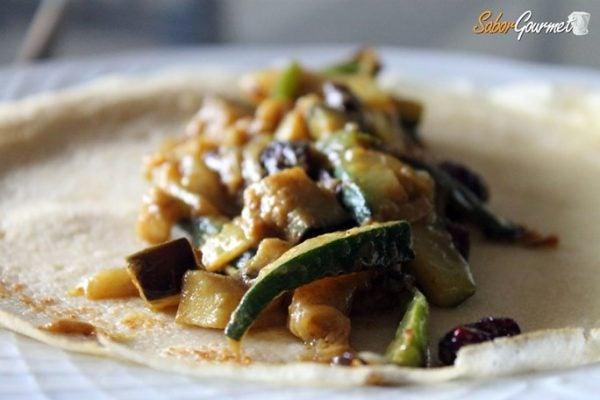crepes-rellenos-verduras-curry