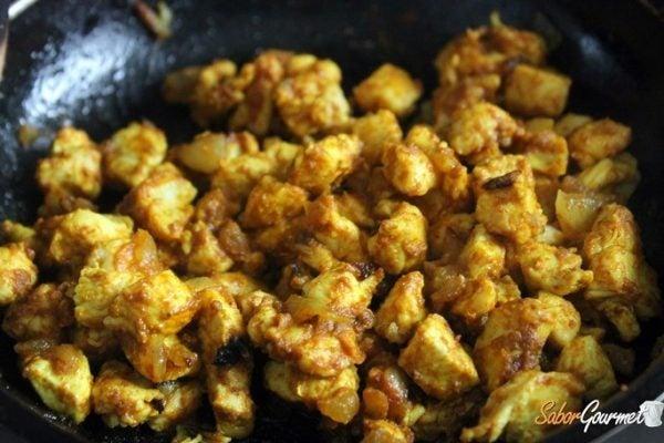 croquetas-pollo-curry-relleno