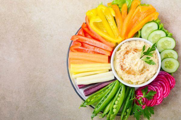 Hummus aperitivos vegetales