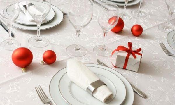 decoracion-para-esta-navidad-2015-mantel-blanco