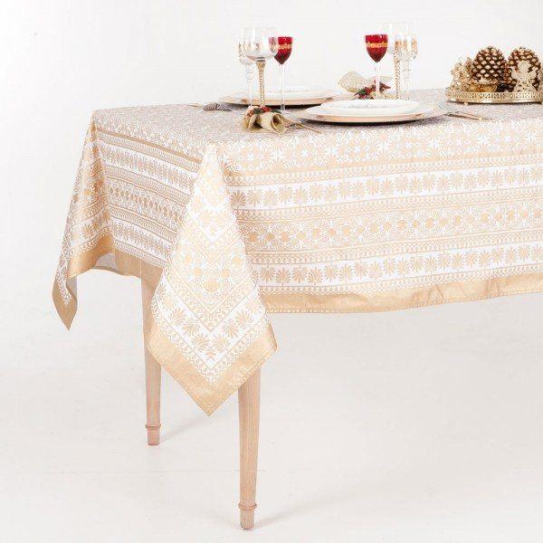 decorar-la-mesa-de-navidad-2013-tendencia-de-mantel-dorado