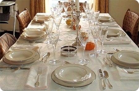 decorar-la-mesa-de-navidad-como-colocar-bien-la-mesa
