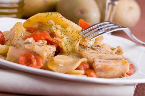 Ensalada de bacalao y patatas