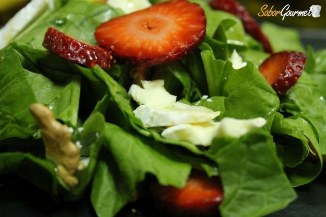 Recetas de ensalada para San Valentín 2015: ensalada de espinacas