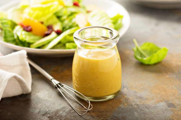Ensalada de primavera a la mostaza y miel mezcla