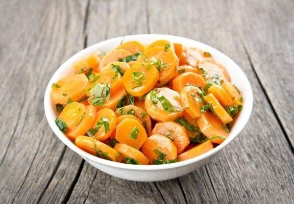 Ensaladas de zanahoria rodajas