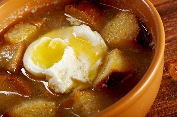 La receta sopa castellana