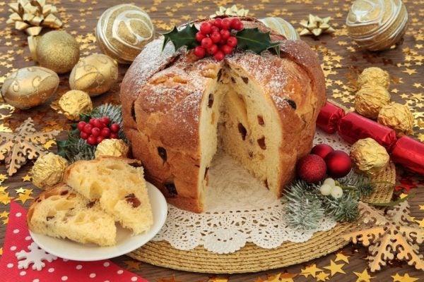 Pan dulce italiano panettone
