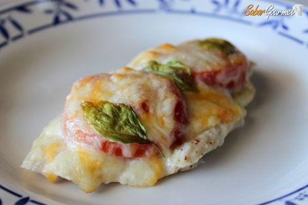 pechuga-pollo-horno-tomate-queso