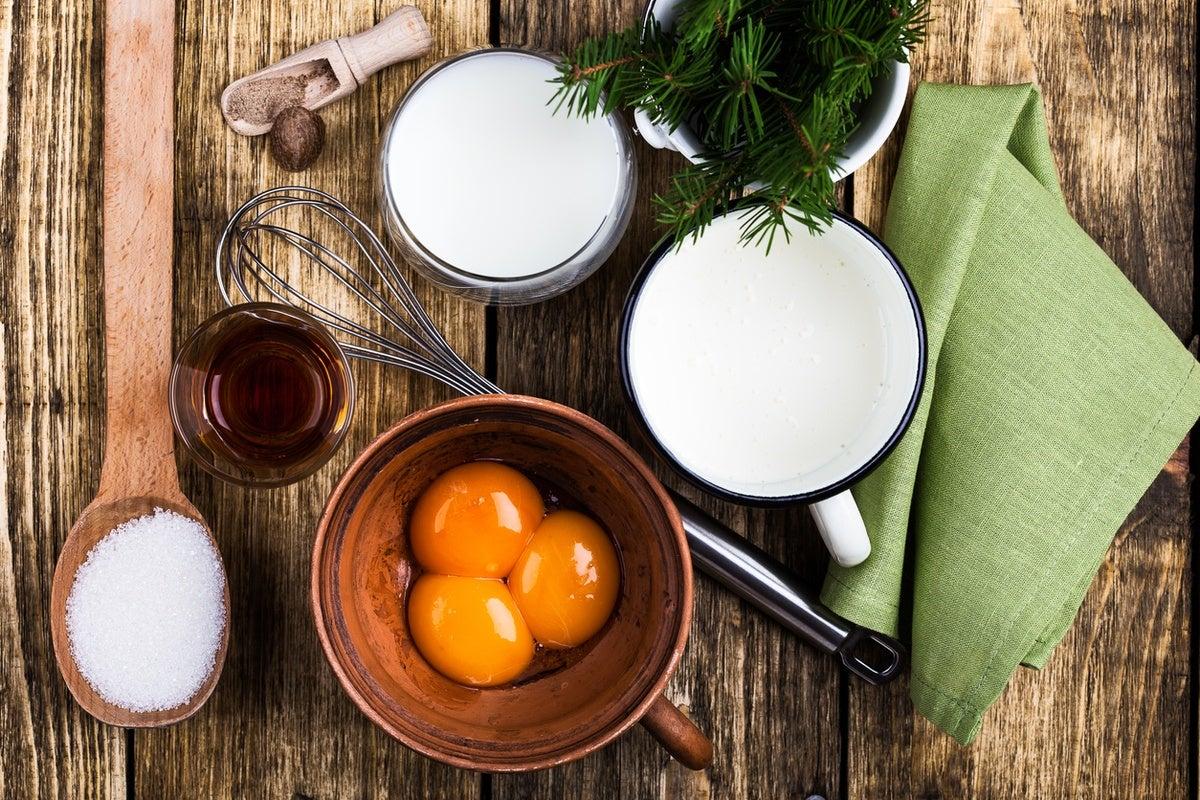 Receta eggnog accion de gracias ingredientes