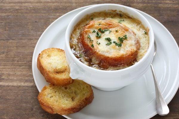 Receta sopa cebolla