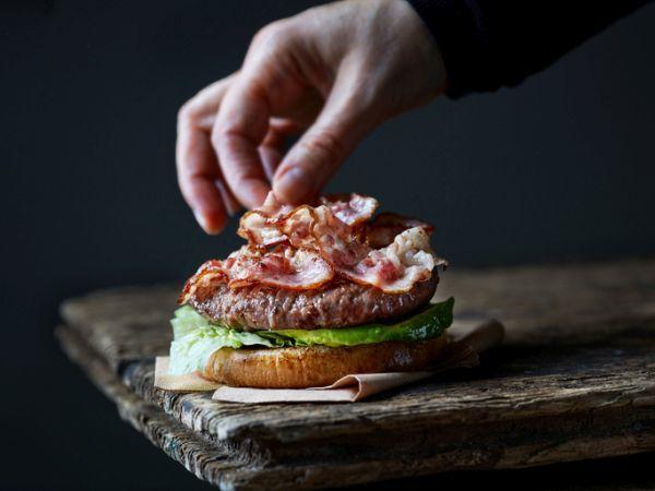 Hamburguesa con bacon