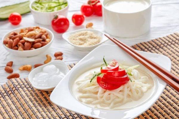 Recetas coreanas para hacer en casa Kong guksu