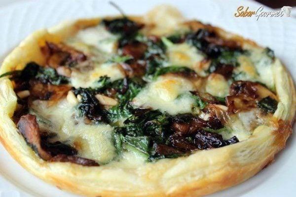 recetas-de-hojaldre-faciles-tarta-salada-espinacas-mozzarella
