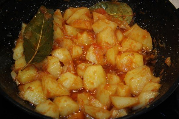 recetas-de-semana-santa-patatas-viudas