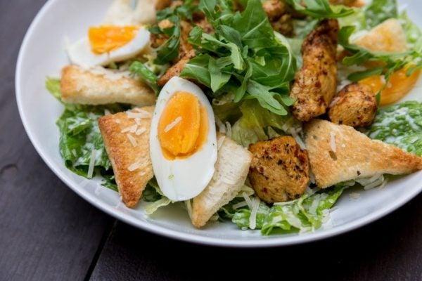 Recetas light ensalada light cesar pollo