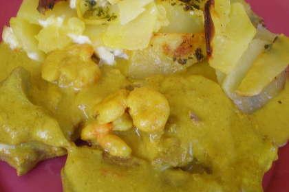 recetas-que-comer-despues-de-navidad-atun-con-salsa-de-coco-y-curry