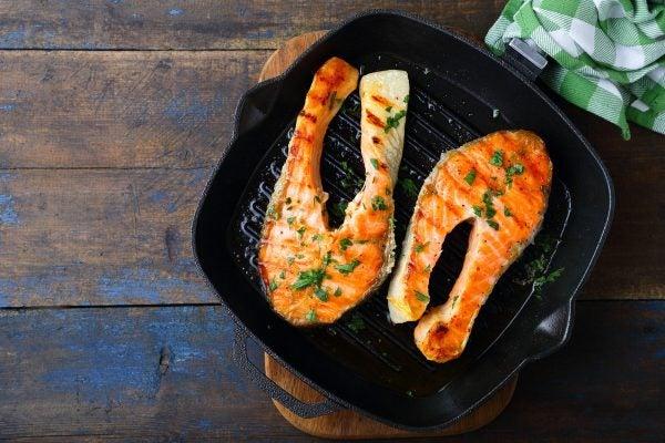 Recetas sin azucar ni carbohidratos para cenar salmon plancha