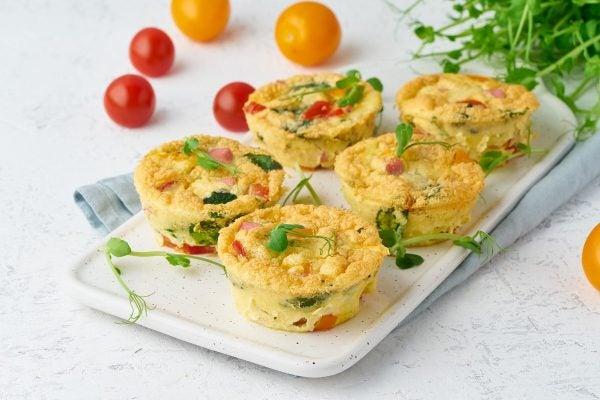 Recetas sin azucar ni carbohidratos para comer tortilla tomates