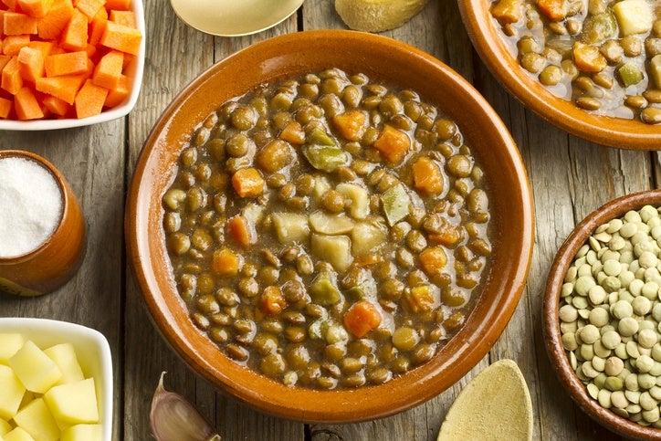 Recetas sin carne para viernes de cuaresma lentejas con verduras