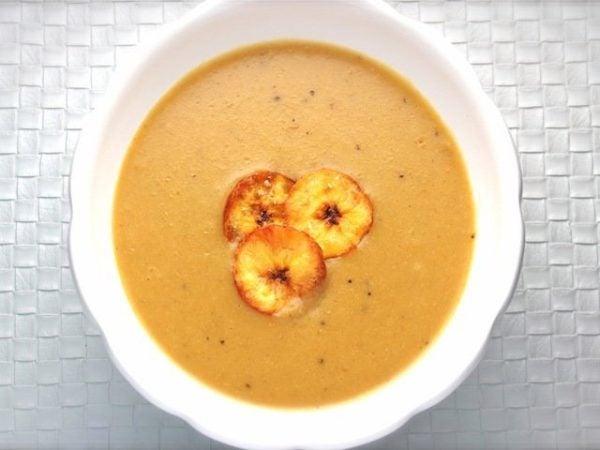 sopa-de-platano-cubana-preparacion
