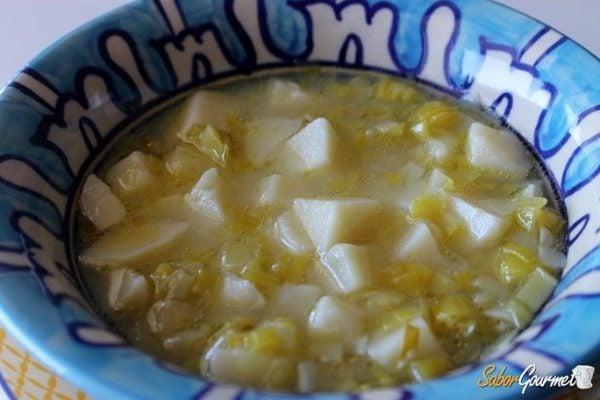 sopa-de-puerros-patata