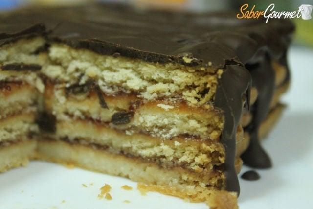 tarta galletas chocolate y fresa