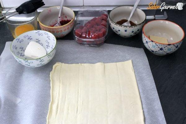 trenza-hojaldre-queso-frambuesas-ingredientes