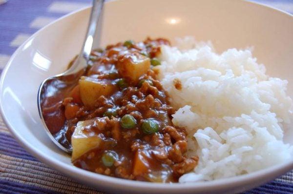 8-maneras-de-convertir-una-lata-de-tomates-en-una-rica-comida-curry