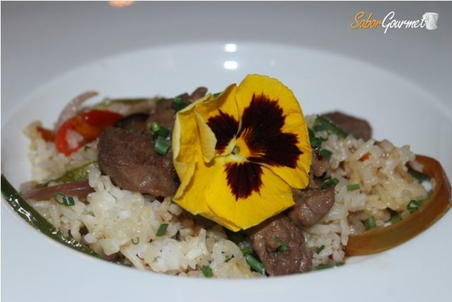 Ensalada Thai con solomillo de cerdo ibérico
