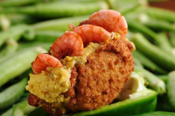 acaraje-brasileño-preparacion