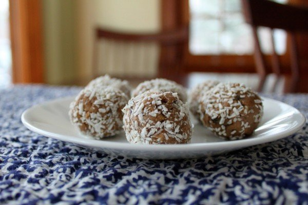 bolas-de-coco-navidad-2013-bolas-con-galletas