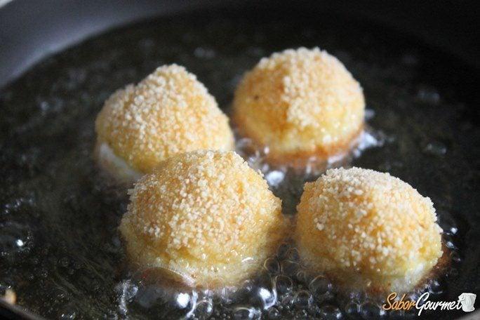 bolitas-mozzarella-fritas-preparacion