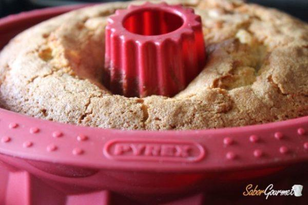 bundt-cake-limon-arandanos