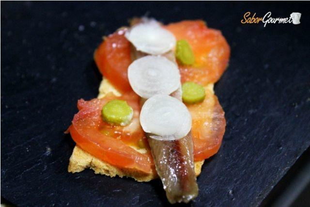canape tomate anchoas