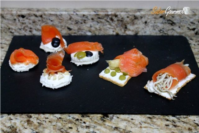 canapes salmon ahumado