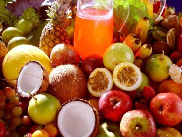 comidas-tipicas-de-brasil-frutas