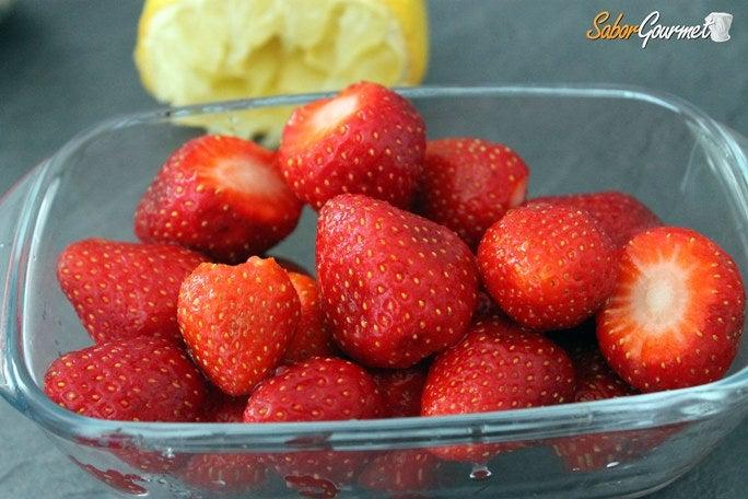 Mermelada de fresas al microondas - Como hacer zumo de fresa ...