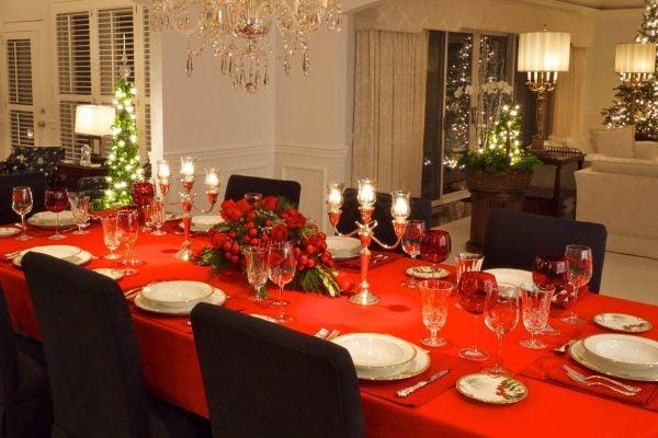 decorar-la-mesa-de-navidad-elegir-mantel
