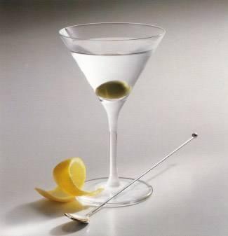 Как правильно пить мартини.